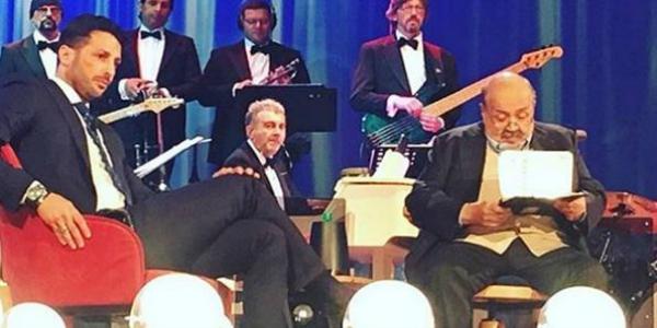 """Fabrizio Corona al Maurizio Costanzo Show: """"Ragazzi non drogatevi, io mi sono rovinato la vita"""""""