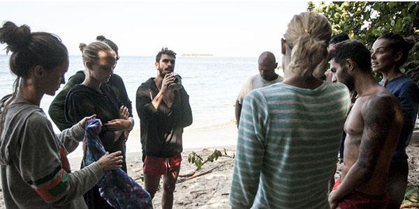 Isola dei Famosi, puntata 11 aprile 2016: Stefano Orfei rimane su Playa Soledad, Simona Ventura sconfitta di nuovo al televoto
