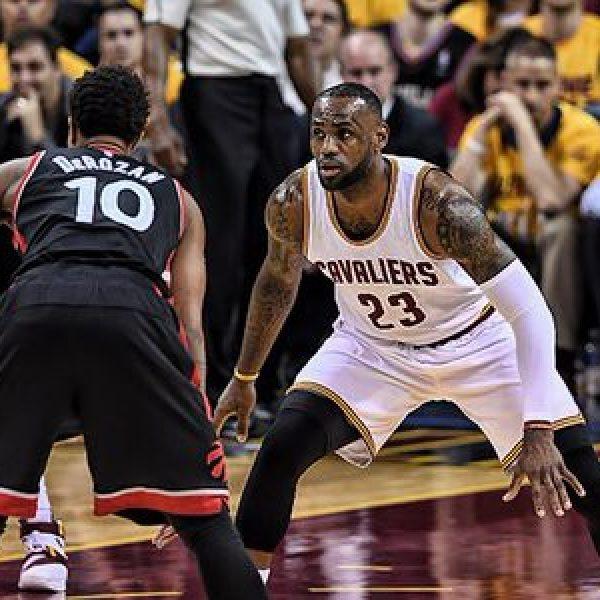 Basket, Nba: Cleveland espugna Toronto, tripla doppia di Westbrook contro i Suns. Ok Warriors e Belinelli
