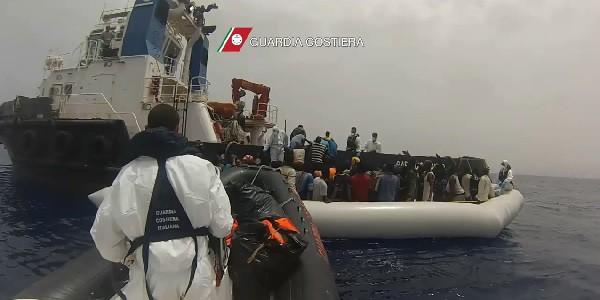 accuse cartosio trapani, accuse ong, immigrazione clandestina, legami ong, ong migranti