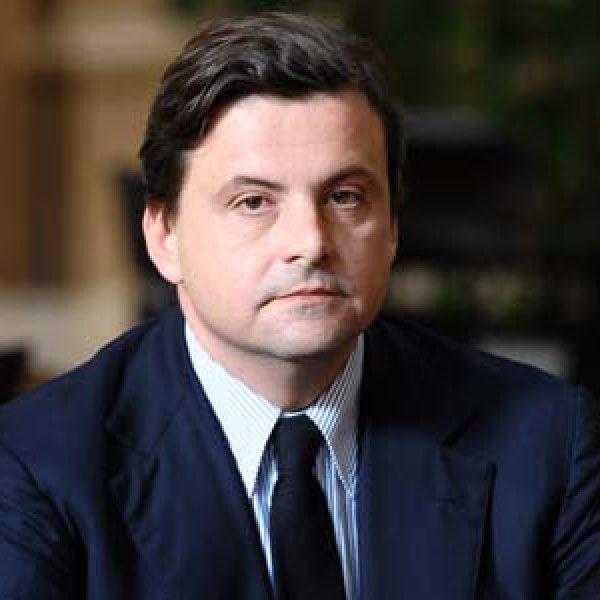 Carlo Calenda si iscrive al PD: