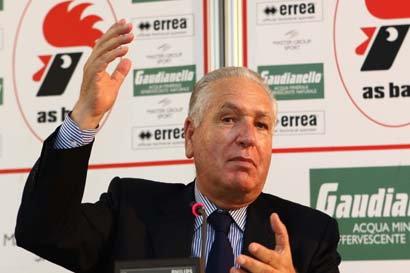 Bari saluta il suo presidente: Vincenzo Matarrese muore a 79 anni