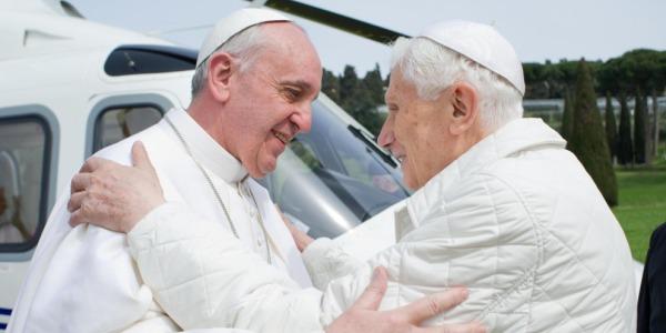 """Joseph Ratzinger festeggia 65 anni di sacerdozio   Francesco: """"La sua dedizione dà forza alla Chiesa"""""""