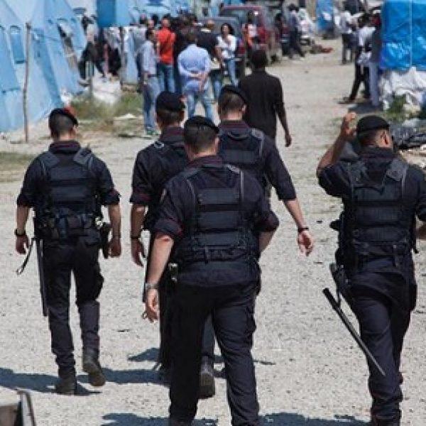 Migrante ucciso, protesta contro i carabinieri  Tensione e rabbia a San Ferdinando