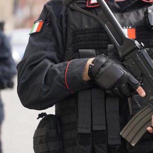 Ahmed Hanachi, espulsioni terrorismo, espulso Ahmed Hanachi, isis italia, terrorismo italia, tunisini espulsi, viminale espelle due tunisini