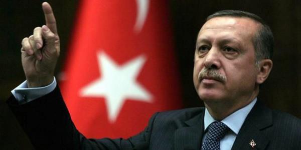 Turchia: telefonata Merkel-Erdogan, no alla pena di morte