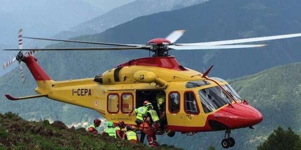Valanga sulle Dolomiti travolge 4 sciatori: un morto