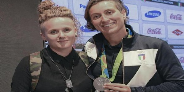 Rio 2016, la Bruni dedica l'argento alla sua Diletta. E in Italia la politica torna a discutere