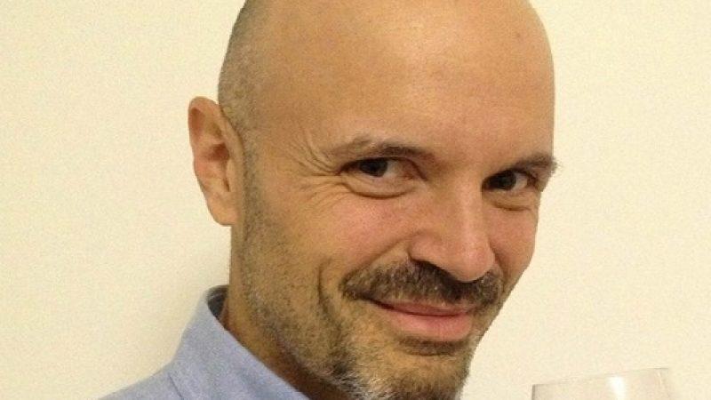 Pavia, muore il sommelier Davide Oltolini  Mentre giocava a tennis si è accasciato a terra