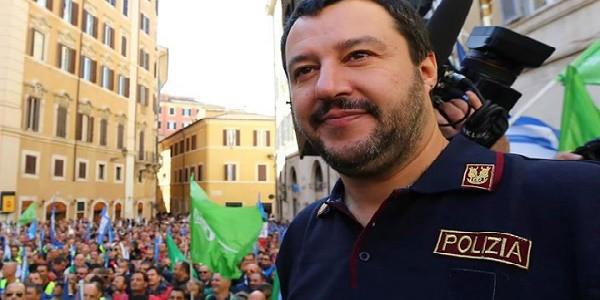 Bossi contro Salvini, bossi lascia lega, bossi lascia lega nord, Fava lega nord, lega nord salvini, primarie lega nord, salvini vince primarie