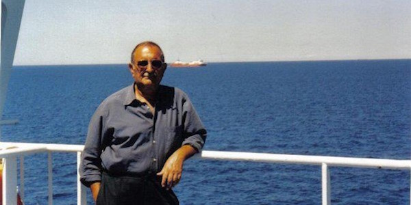 Anziano muore nel Catanese, incastrato negli scogli di San Giovanni Li Cuti