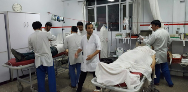 Afghanistan, violenta esplosione vicino a Jalalabad   Un soldato è rimasto ucciso, diversi i feriti gravi
