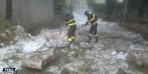 Maltempo, strade ghiacciate nel nord Italia | Allerta in Puglia per le prossime 18-24 ore