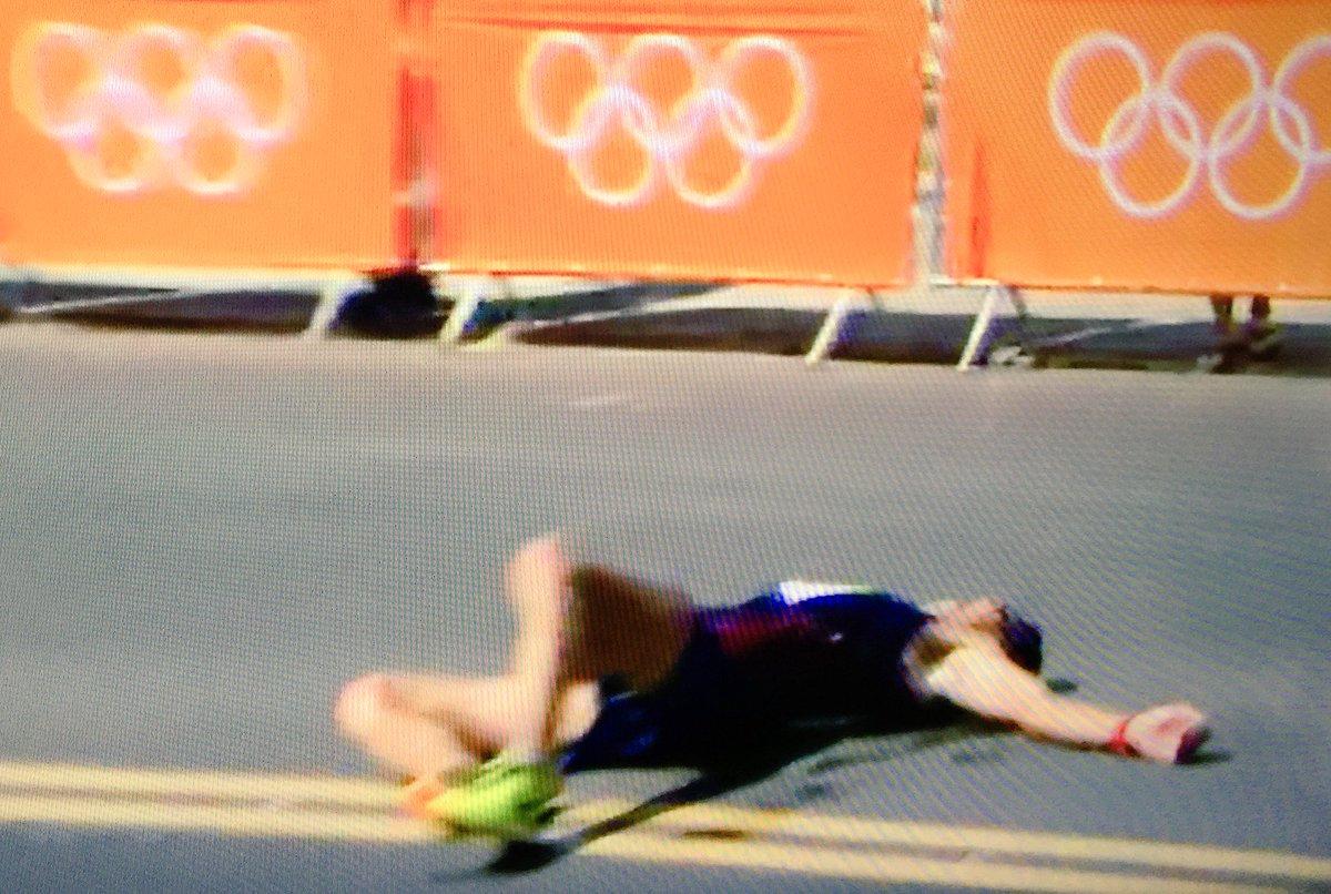 Rio 2016, marcia: Yohann Diniz sviene, crolla per terra e poi si rialza / VIDEO