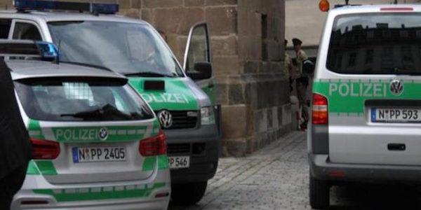 Monaco, uomo accoltella 4 passanti: arrestato | Dietro il suo folle gesto forse problemi psichici
