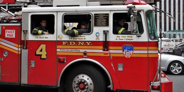 Fuga di gas, esplode un palazzo. 1 morto, 6 feriti