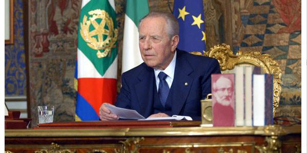 Aperta la camera ardente al Senato per Ciampi: il saluto dell'Italia