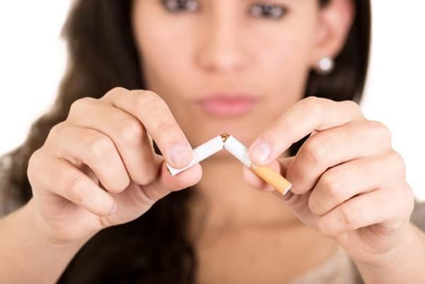 Fumare aumenta il rischio di avere l'Alzheimer