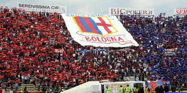 Un Milan eroico in nove batte nel finale il Bologna  Decisiva la rete di Pasalic con assist di Deulofeu