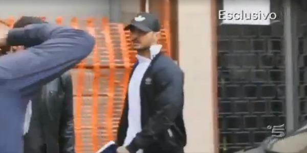 """Fabrizio Corona, le immagini esclusive dell'arresto: """"Sono il simbolo dell'autodistruzione"""" /VIDEO"""