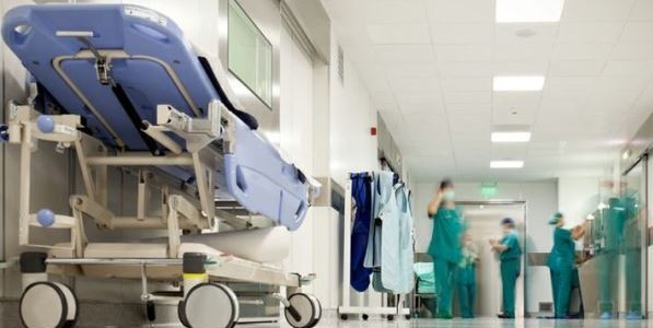 Aou, controsoffito ospedale Siena, controsoffitto ospedale, feriti ospedale siena, ospedale Siena, Siena