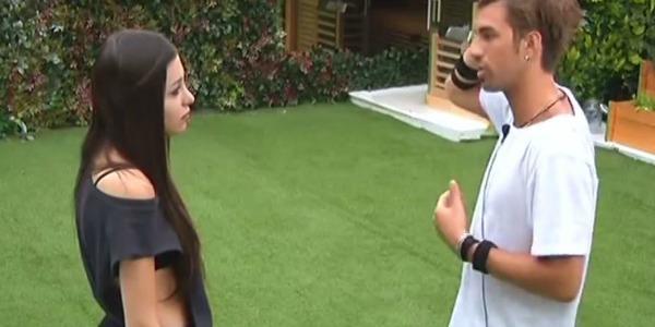 """Gossip Grande Fratello Vip, Asia sente la mancanza di Andrea ma lui la rifiuta: """"Ho fatto un passo indietro"""" /VIDEO"""