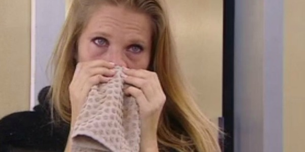 """Gossip Gf Vip, Laura Freddi in lacrime: """"Avrei voluto avere un figlio"""""""