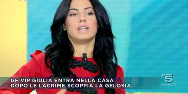 """Gossip, Giulia de Lellis: """"Andrea è la mia anima gemella, Asia mantenga le distanze e amen"""" /FOTO"""