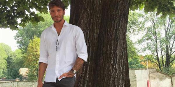 Stefano De Martino crede ancora nel matrimonio