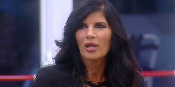 """Gossip Grande Fratello Vip, Pamela Prati contro Alfonso Signorini: """"Dici tante cazz***"""" /VIDEO"""