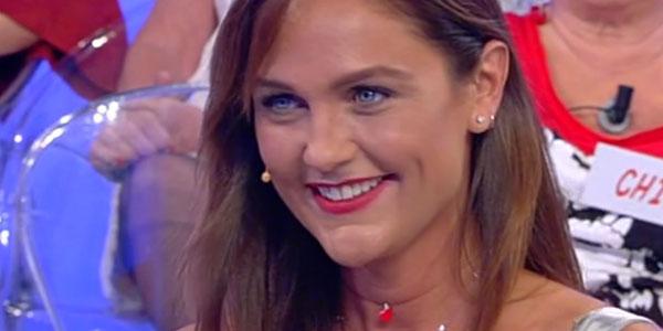Gossip e anticipazioni Uomini e Donne, Trono Over: Elena e Dario lasciano la trasmissione da innamorati!
