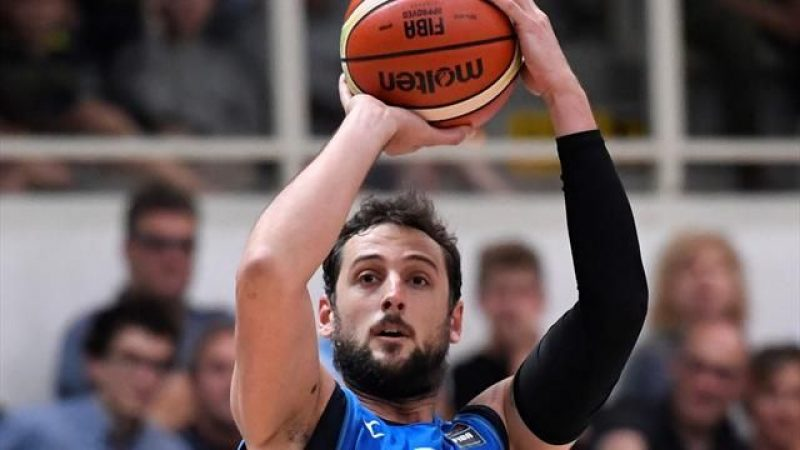 Basket, Nba: sconfitte per Belinelli e Gallinari. Vincono Houston e i Raptors