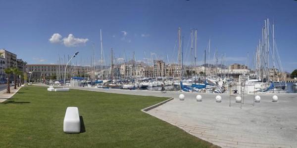 Cadavere galleggiante nel porto turistico della Cala, a Palermo