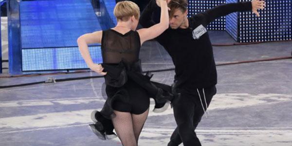 Amici casting, puntata 10 novembre 2016: la ballerina Elisabetta viene eliminata, Nicholas sostenuto solo da Garrison