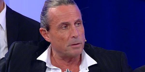 Anticipazioni Uomini e Donne, Trono Gay: il primo bacio di Claudio Sona