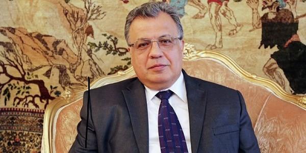 Turchia, Ambasciatore russo sparato ad Ankara: è grave
