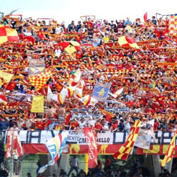 Il Benevento batte il Carpi in finale (1 – 0) e ottiene la prima storica promozione in Serie A