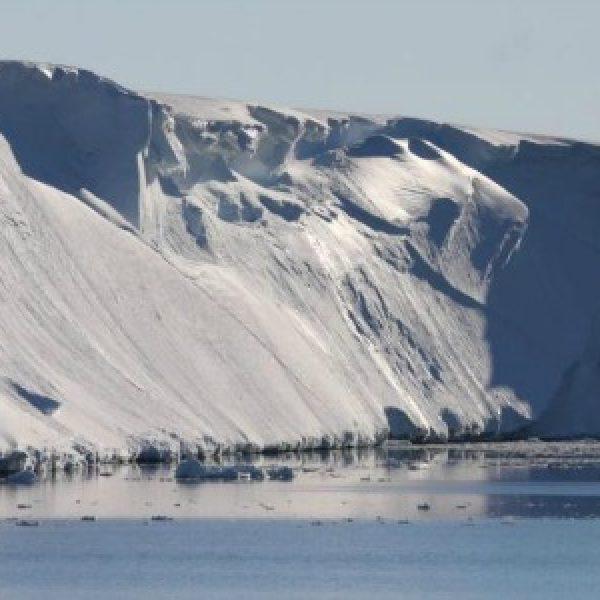 Antartide, il ghiacciaio Totten si sta sciogliendo  L'allarme lanciato dalla nave Aurora Australis