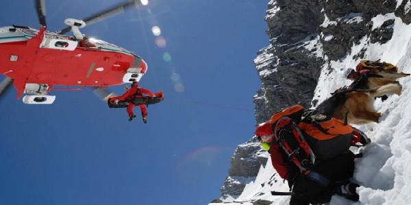 soccorso_alpino salvataggio_sulla_neve escursionisti persi