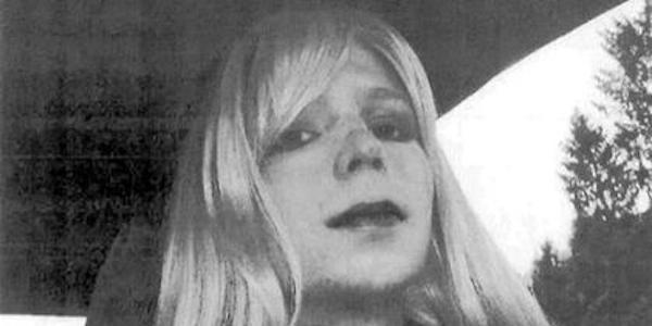 """Obama commuta la pena a Chelsea Manning   L'ex soldato starà in carcere  """"solo"""" 7 anni"""