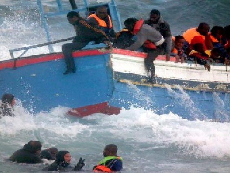Libia, naufragio libia, naufragio migranti Libia, naufragio migranti morti