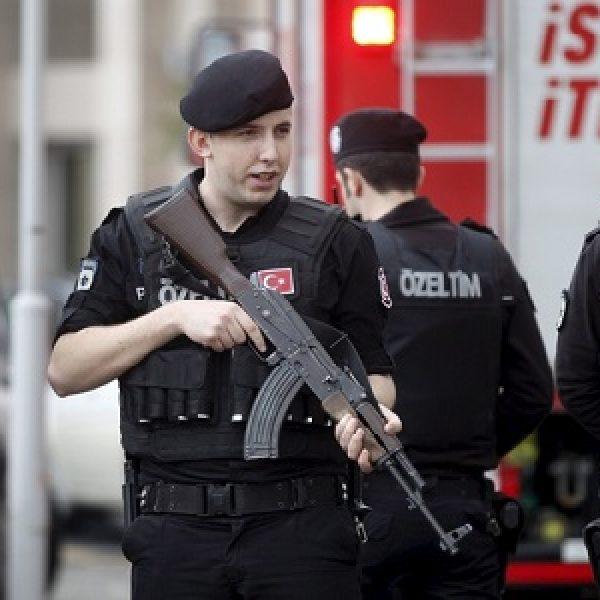 Turchia, operazione antiterrorismo: 29 arresti | Preparavano un attentato per capodanno