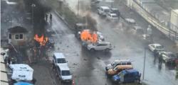attentato Smirne, attentato Turchia, esplosione Smirne, esplosione tribunale Smirne, Smirne, turchia