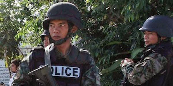 Commando attacca prigione nelle Filippine, evasi 150 detenuti
