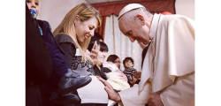 papa-francesco-le-donne-sono-piu-coraggiose-degli-uomini