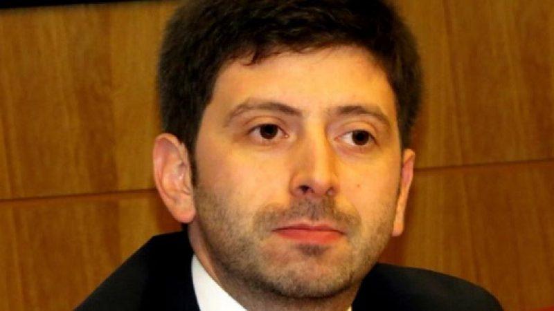 Potenza, lancia un iPad contro Roberto Speranza  Il deputato è rimasto illeso, arrestato un uomo