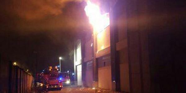 Firenze, morto migrante di 35 anni per incendio in un capannone