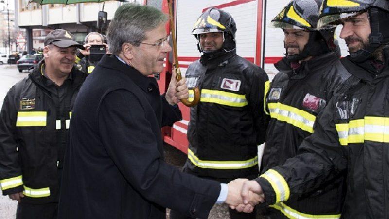 """Sisma, Gentiloni in Abruzzo: """"Ce la faremo""""  """