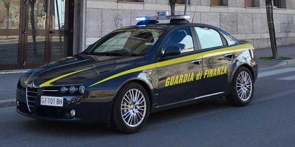 Panetto di cocaina con simboli massonici, un arresto a Reggio Calabria
