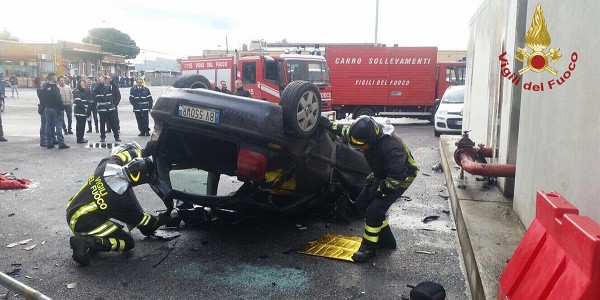 Incidente al centro del Quadrivio: coinvolte due automobili
